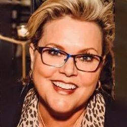 Chiropractor Webster TX Alyse Duffer